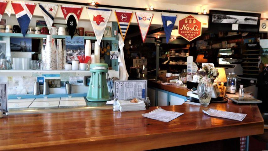 Food Bar at Lakebay Marina