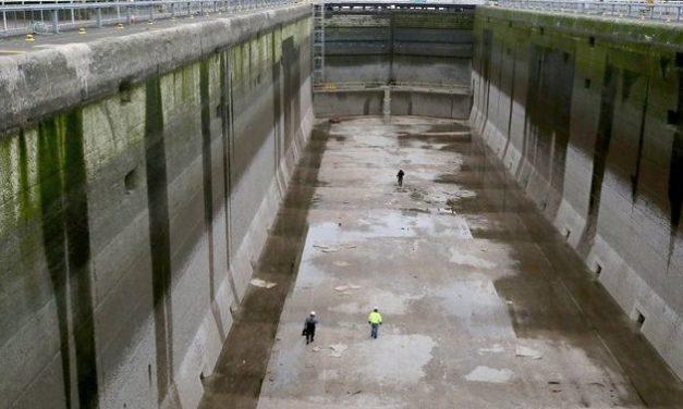 Large Lock Closed for Annual Maintenance – Ballard Locks